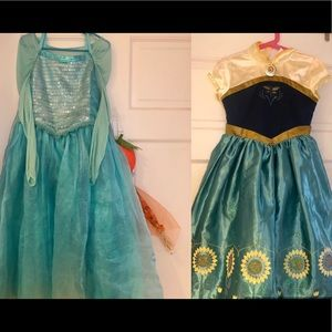 Disney princesses Elsa and Ana costumes